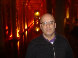 In the Roman underground cistern - huge!!
